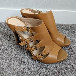 Guess Tan Leather Cover Heels Size 7